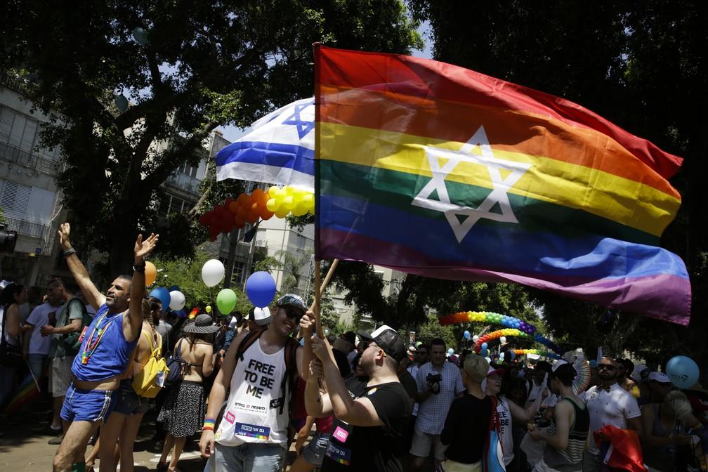 Tel Aviv tem parada gay nesta sexta-feira (8) (Foto: Sebastian Scheiner/Reuters)