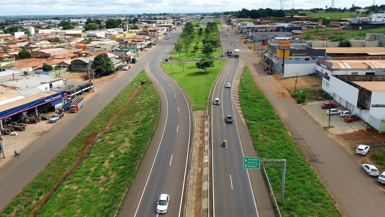Ruas de Araguaína e Colinas do Tocantins vão ficar interditadas durante a semana para obras de esgoto