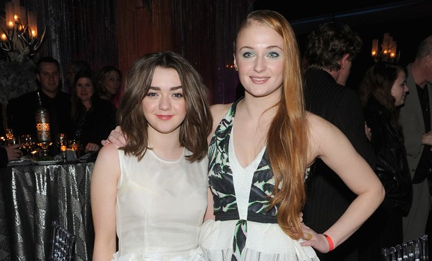 Maisie Williams e Sophie Turner (Foto: Getty Images)