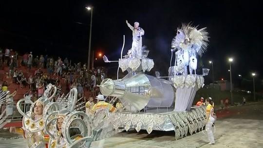 Mocidade Unida da Vila Falcão é a campeã do carnaval 2016 em Bauru