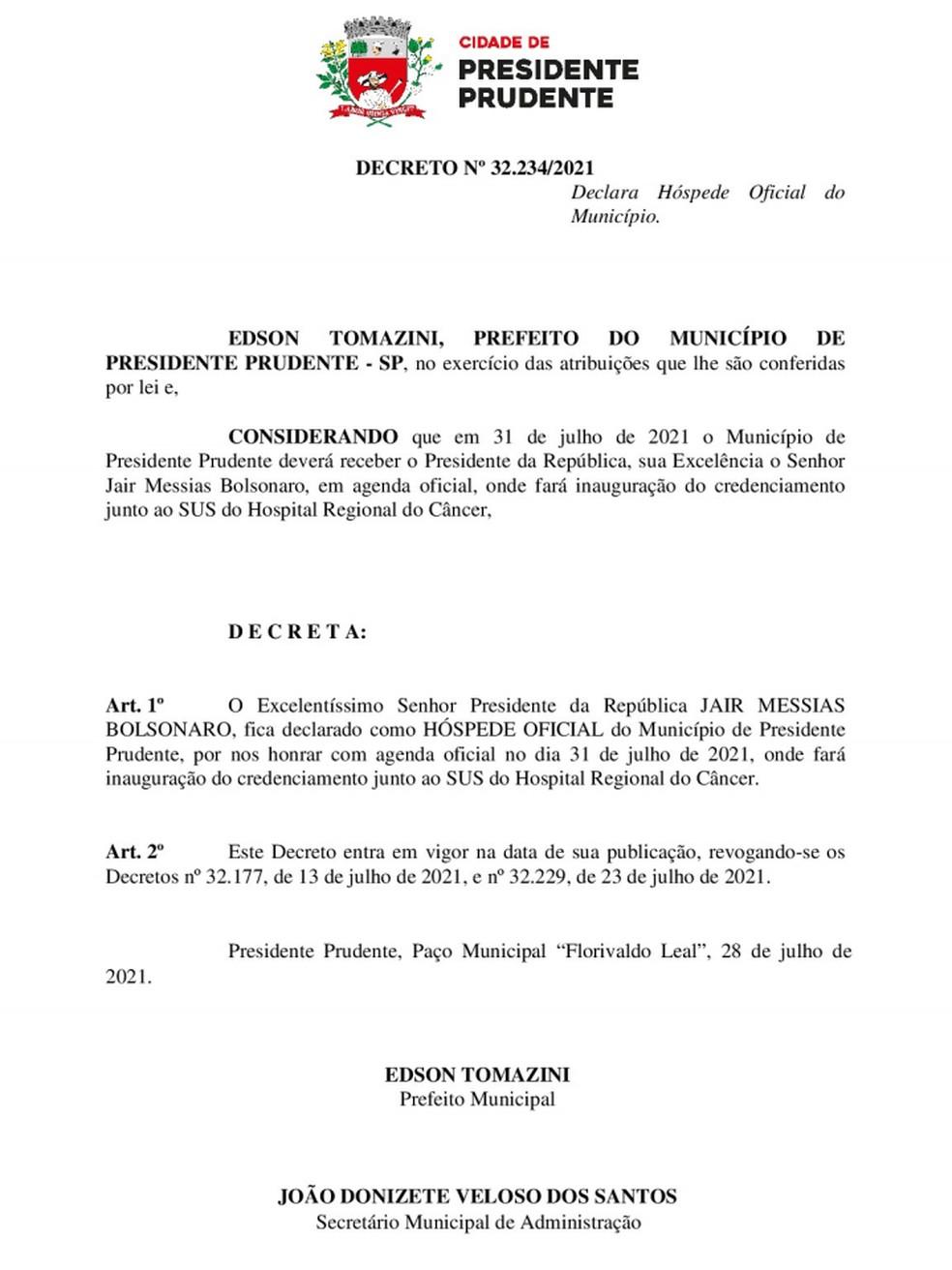 Decreto nº 32.234/2021, de 28 de julho de 2021, não faz mais referência a evento com o presidente Jair Bolsonaro no Recinto de Exposições de Presidente Prudente — Foto: Reprodução