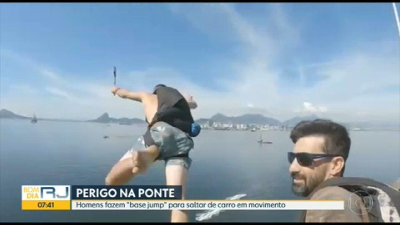 Polícia Rodoviária investiga salto de paraquedas da Ponte Rio-Niterói
