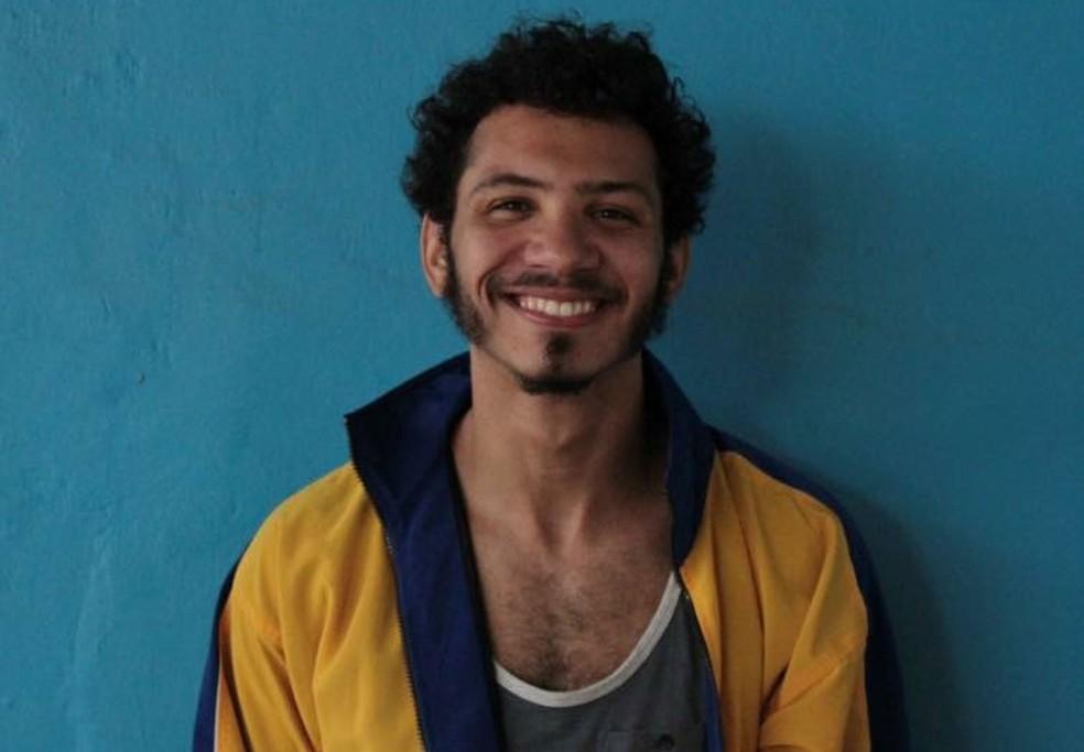Igor Pires da Silva, autor de 'Textos cruéis demais para serem lidos rapidamente' — Foto: Divulgação