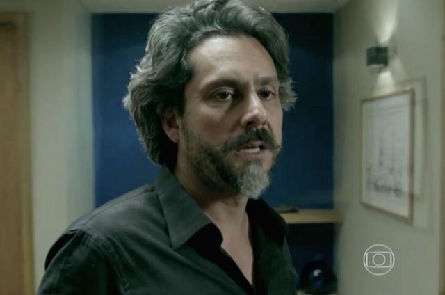 Alexandre Nero como José Alfredo em cena de 'Império' (Foto: Reprodução)