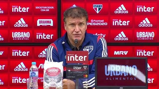 """Cuca comemora confiança do São Paulo em goleada: """"Precisávamos de uma vitória convincente"""""""