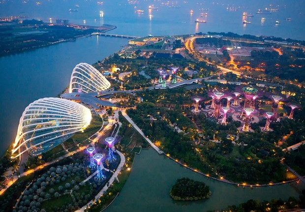 Conhecida como 'A Peróla da Ásia', Cingapura é um dos maiores centros financeiros do mundo (Foto: Getty Images via BBC)
