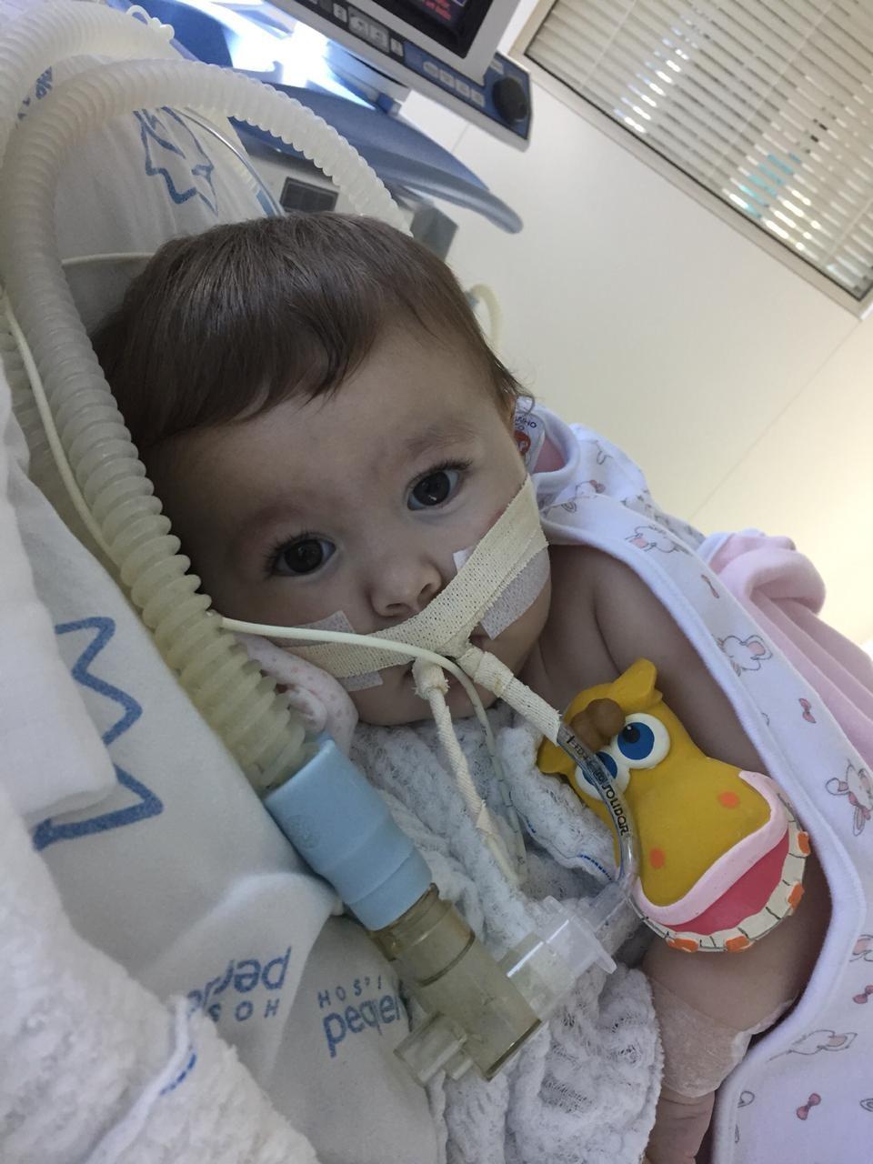 Bebê de 10 meses é diagnosticada com doença rara em Blumenau e comunidade se mobiliza