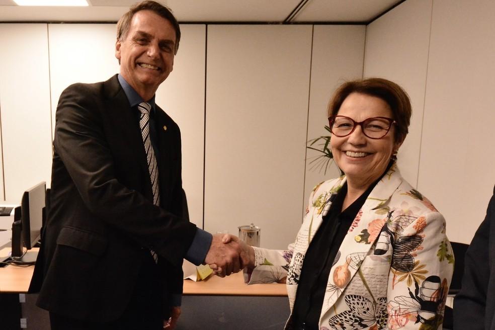 Bolsonaro no CCBB com a futura ministra da Agricultura, Tereza Cristina — Foto: Divulgação/Rafael Carvalho/equipe de transição