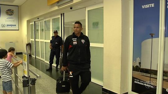 Com novo comando e um único treino, Atlético-GO tenta superar abatimento