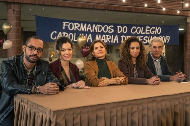 Os professores de 'Segunda chamada' no último capítulo da série (Foto: Mauricio Fidalgo/TV Globo)