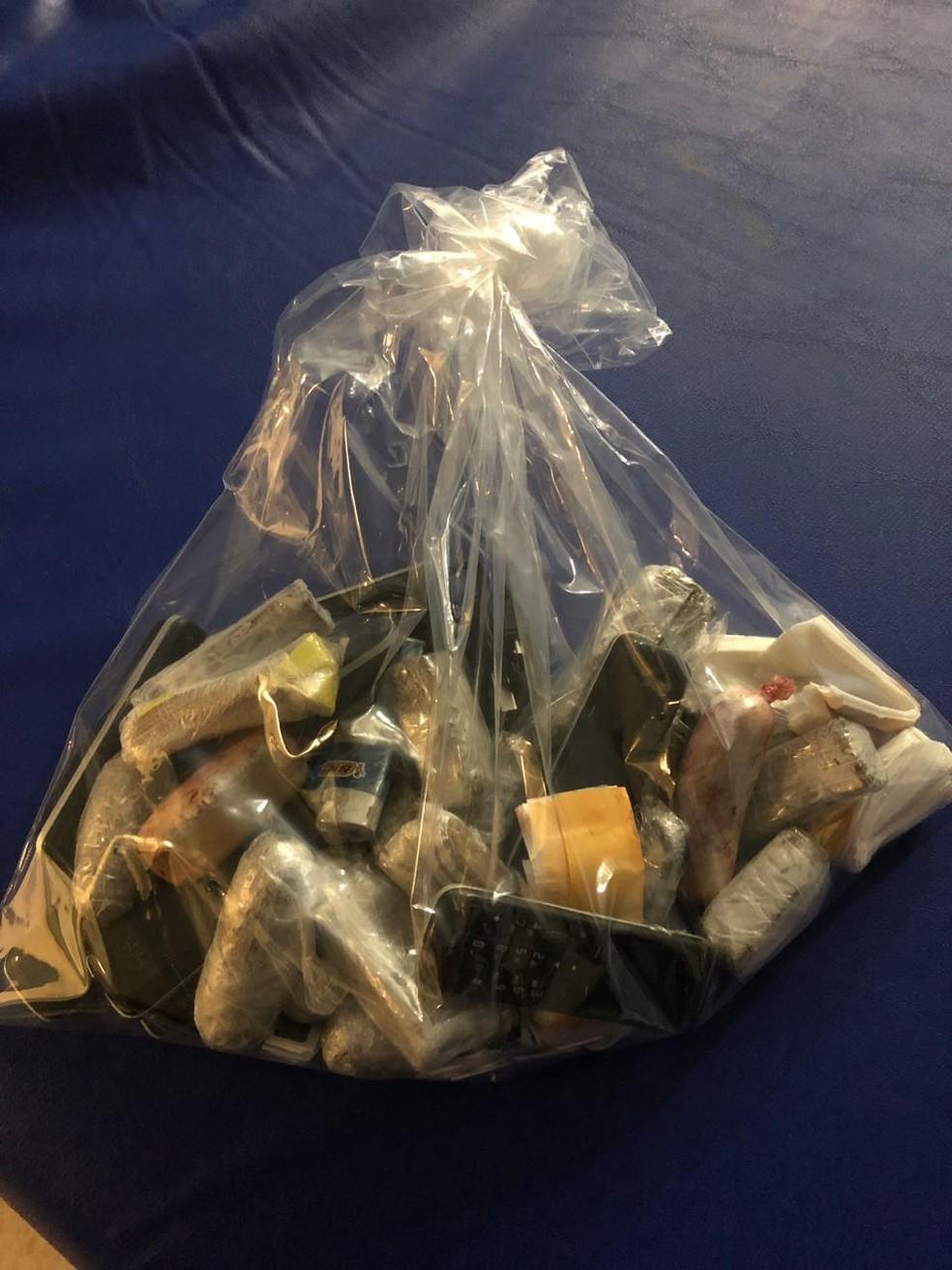Objetos estavam dentro do estômago de preso — Foto: Secretaria de Justiça e Cidadania/ Divulgação
