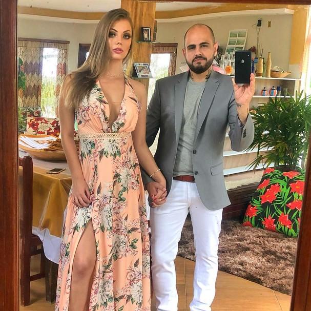 Caio Novaes e Paola Kuhn (Foto: Instagram/Reprodução)