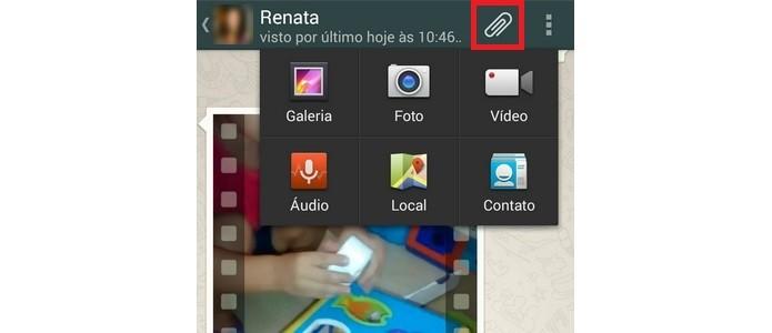 Destaque para ícone de anexos do WhatsApp (Foto: Reprodução/ Raquel Freire)