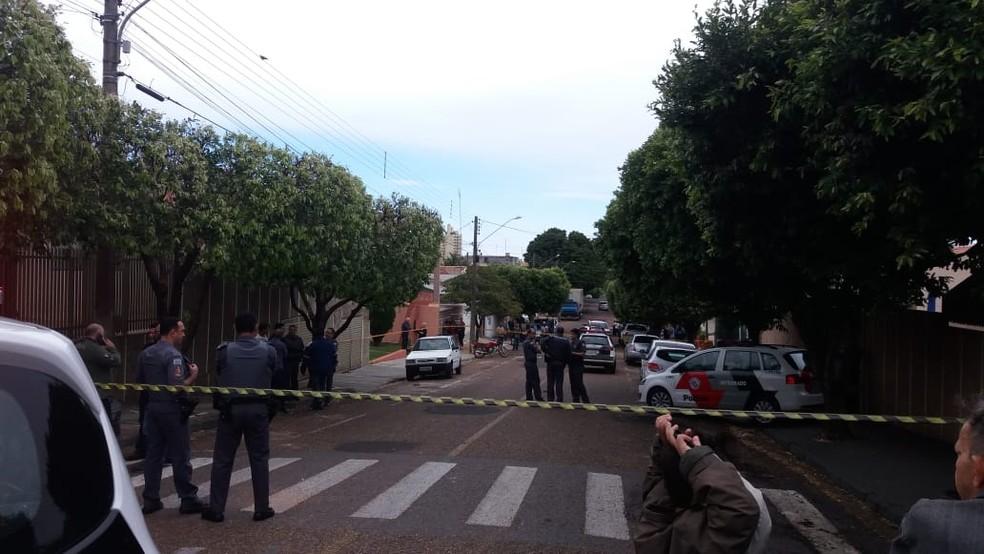 Troca de tiros ocorreu em Dracena, na manhã desta terça-feira (6) — Foto: Mariane Santos/TV Fronteira