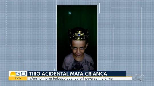 Morre menino de 7 anos baleado enquanto brincava com arma em chácara de Carmo do Rio Verde