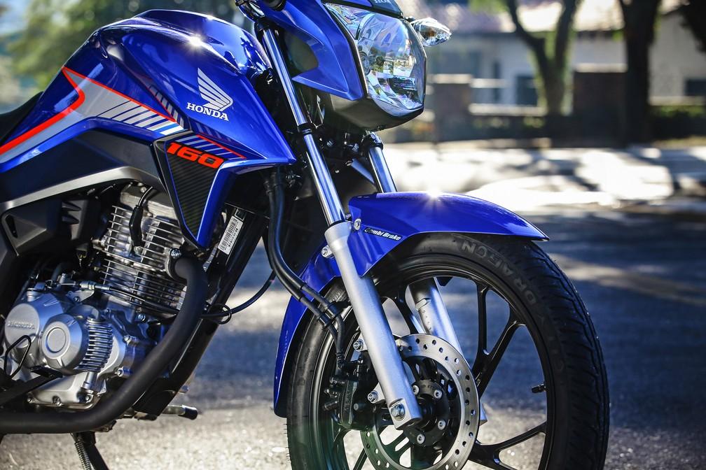 Honda CG 160 2018 recebu nova suspensão dianteira (Foto: Divulgação)