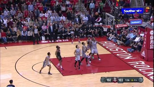 Monstruoso! Harden faz 61 pontos, e Rockets vencem duelo eletrizante contra os Spurs