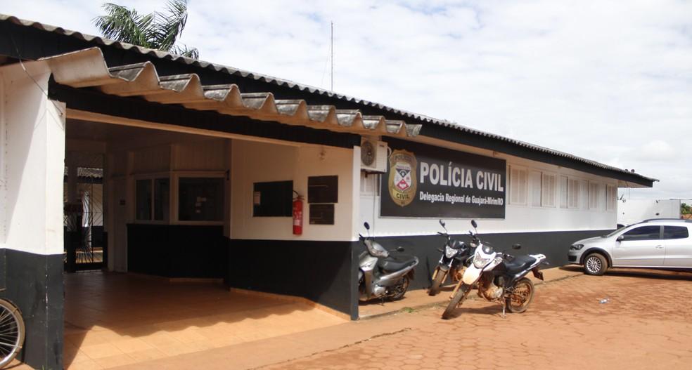 Faca usada no crime foi levada à Delegacia de Guajará — Foto: Fabiano do Carmo/Arquivo Pessoal