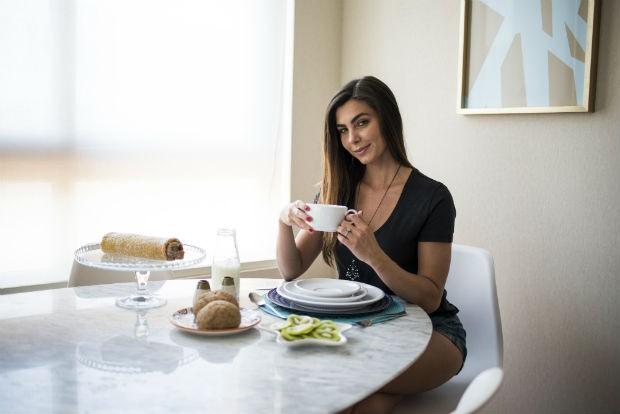 Letícia Datena abre apartamento para Casa Vogue (Foto: Divulgação)