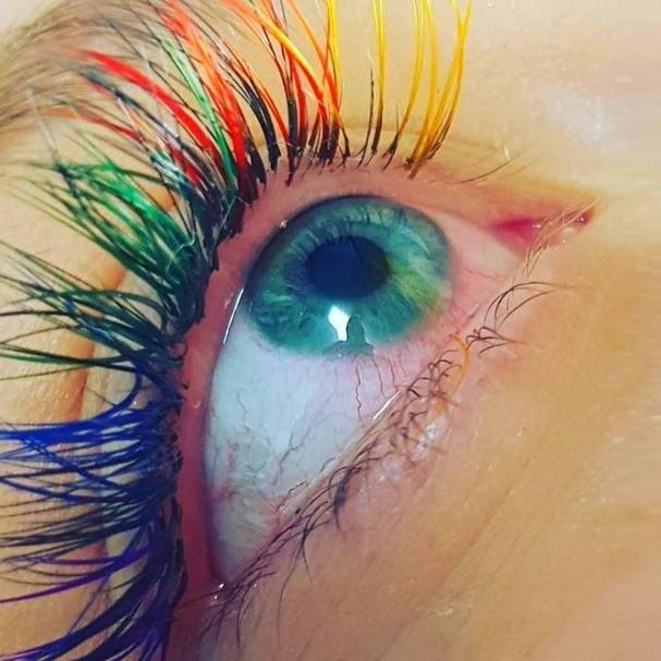 Versão arco-íris (Foto: Reprodução Instagram)