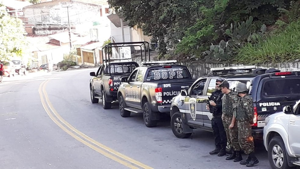 Força-tarefa é realizada por militares do Exército e da Polícia Militar, em conjunto com a Polícia Civil — Foto: Klênyo Galvão/Inter TV Cabugi