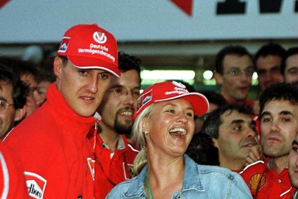 O ex-piloto de Fórmula 1 Michael Schumacher com a esposa, Corinna (Foto: Getty Images)