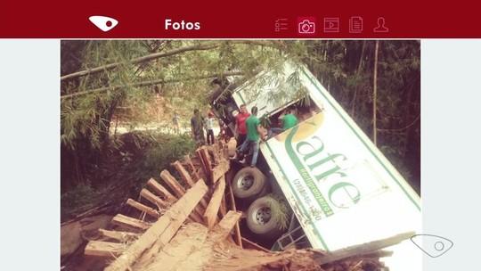 Caminhão foge de bloqueio na BR-262 e se envolve em acidente no ES