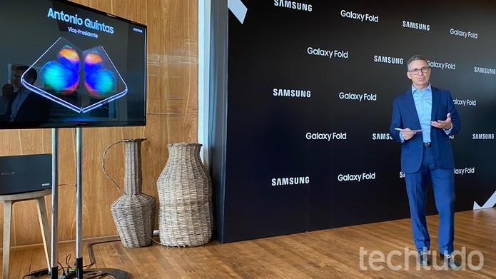 Antonio Quintas acredita que Galaxy Fold inaugura nova categoria de smartphones — Foto: Thássius Veloso/TechTudo