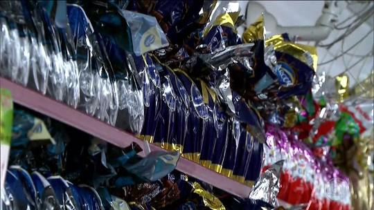 Com ovos 5% mais caros, barras de chocolate e formas são disputados