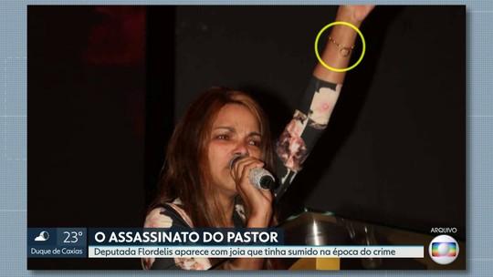Flordelis usa pulseira do marido morto que ela disse ter desaparecido