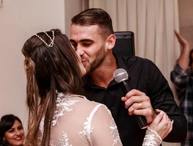 Felipe Vizeu e Mariana Linhares se casam (Foto: Gutho Oliveira)