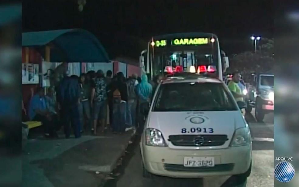 Ponto de ônibus onde Ana Marta foi morta, em Vitória da Conquista, no sudoeste da Bahia (Foto: Imagem/TV Sudoeste)
