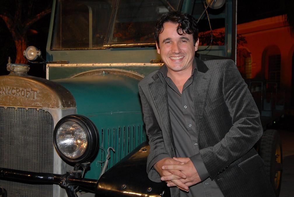 O ator Caio Junqueira em 2007 — Foto: TV Globo / Bob Paulino