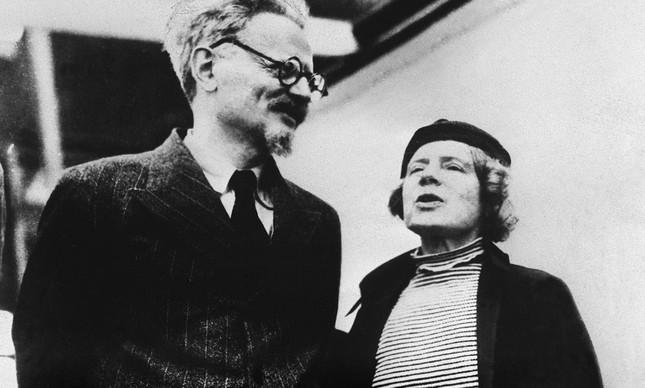 León Trotsky e sua mulher, Natalia Sedova, no México, em 1937