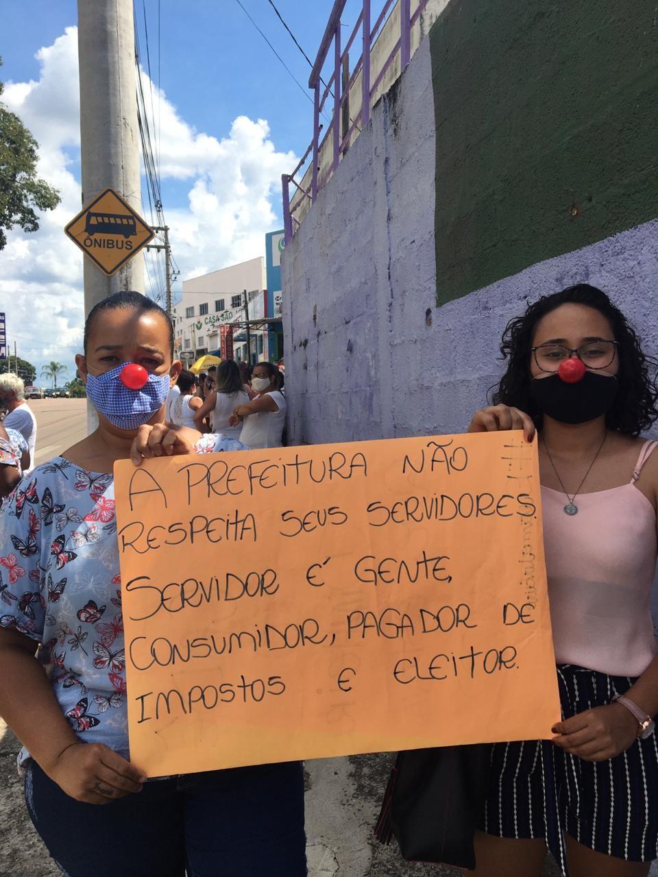 Servidores públicos protestam por falta de pagamento em Jarinu