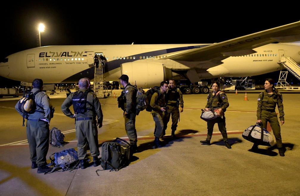 Avião com militares de Israel pousa em MG para ajudar nos trabalhos em Brumadinho — Foto: Washington Alves/Reuters
