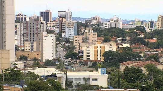 Vereadores derrubam veto do prefeito e IPTU será reajustado apenas com base na inflação