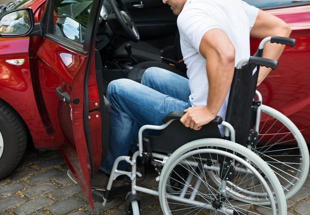 Pessoas com deficiência são isentas de impostos para comprar carro novo (Foto: Deposit Photos)