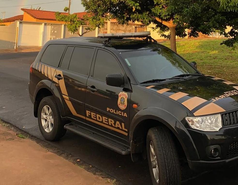 Ação é realizada pela Polícia Federal e Receita Federal na região de Botucatu — Foto: Polícia Federal/ Divulgação