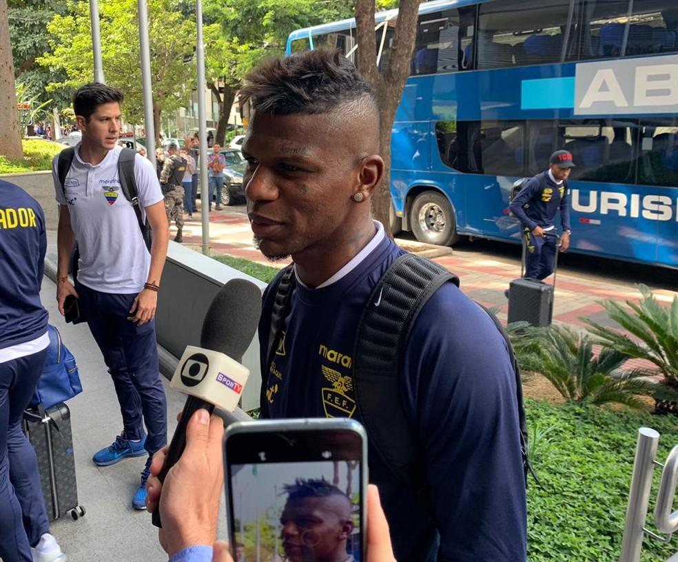 Aboleda, zagueiro do São Paulo, defende a seleção do Equador na Copa América — Foto: Vinicius Eulálio