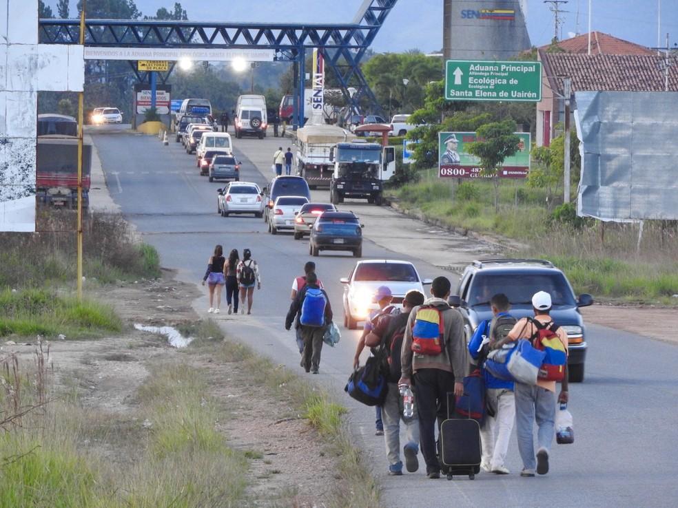Fronteira entre Brasil e Venezuela, em Pacaraima (RR) (Foto: Alan Chaves/G1 RR)