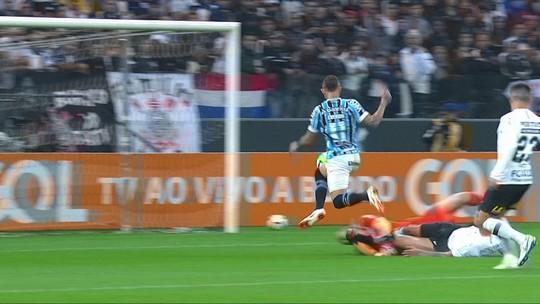 """Everton aproveita """"momento mágico"""", quebra tabu para o Grêmio e justifica convocação"""