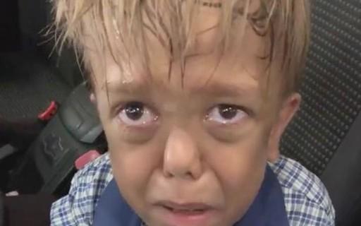 Menino de 9 anos que cogitou suicídio por causa de bullying recebe viagem para Disney de comediante