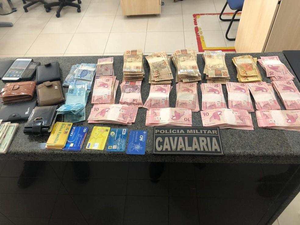 Material apreendido pela polícia com quatro homens nesta sexta (29), em São Luís — Foto: Divulgação/Polícia Militar
