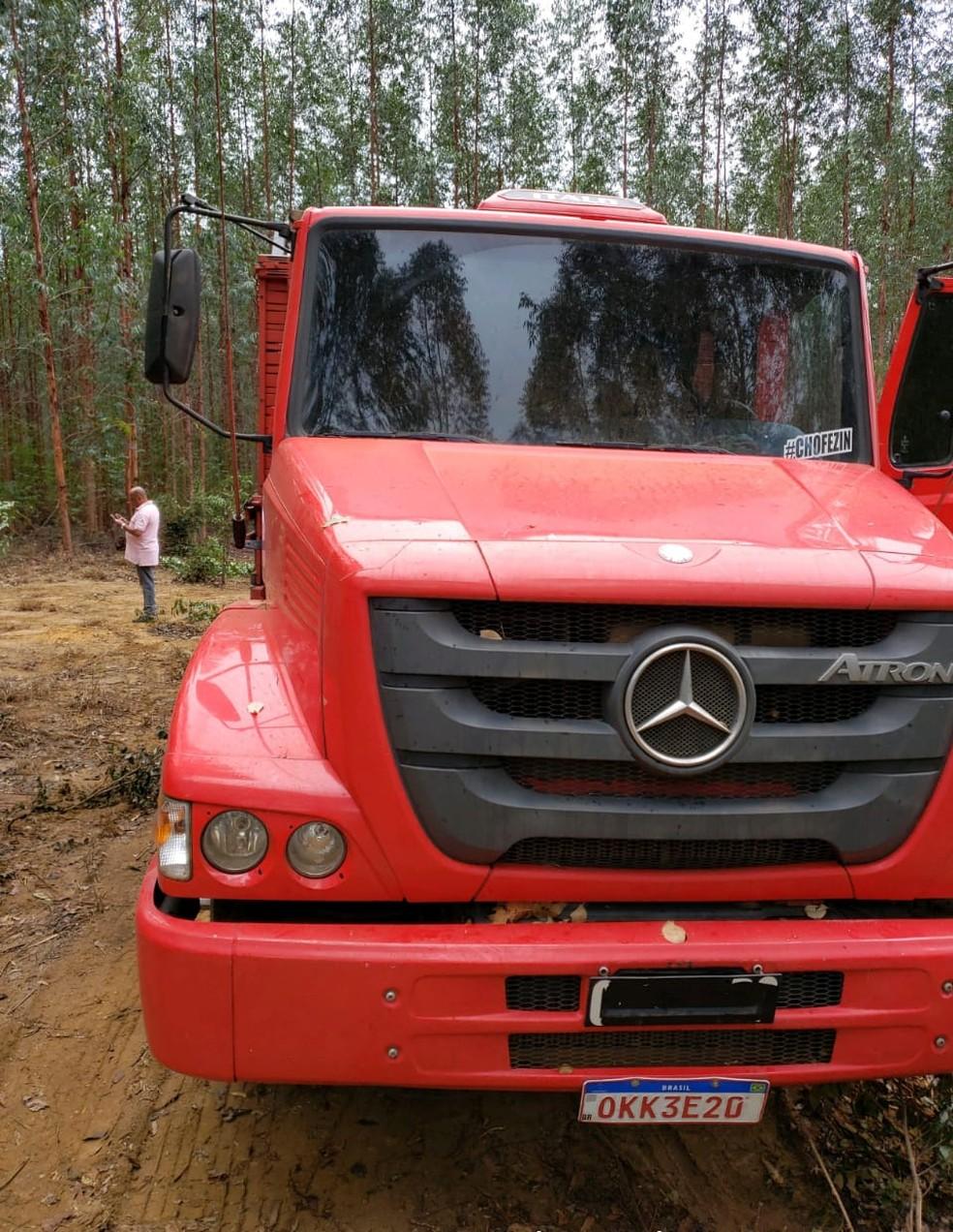 Caminhão recuperado pela polícia — Foto: Divulgação / Polícia Civil