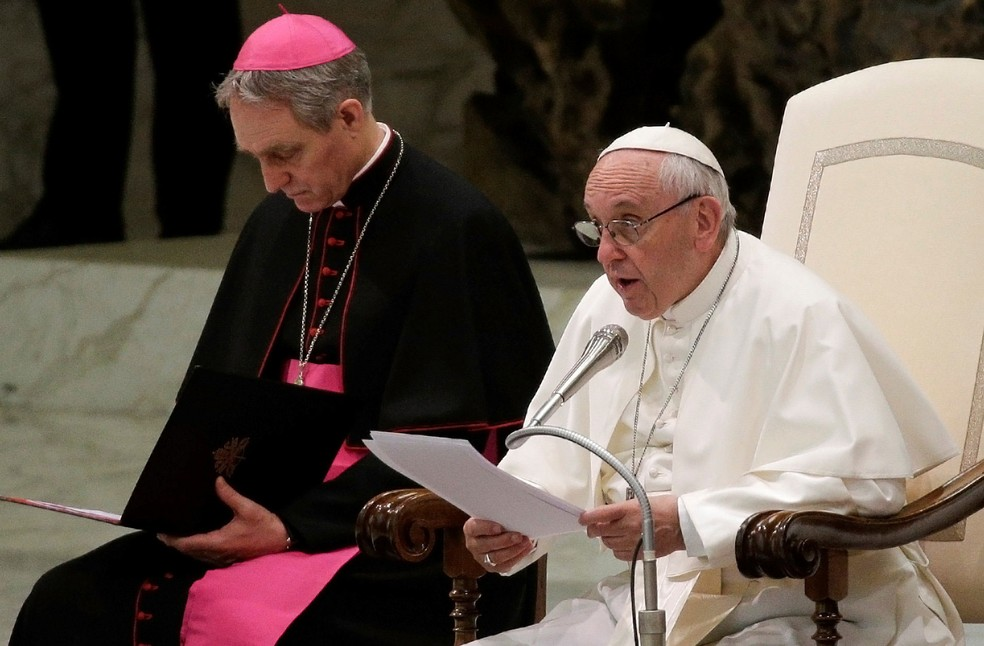 Papa Francisco elogiou nesta quarta-feira (7) a decisão das duas Coreias de desfilar juntas na abertura dos Jogos Olímpicos de Inverno  (Foto: Max Rossi/ Reuters)