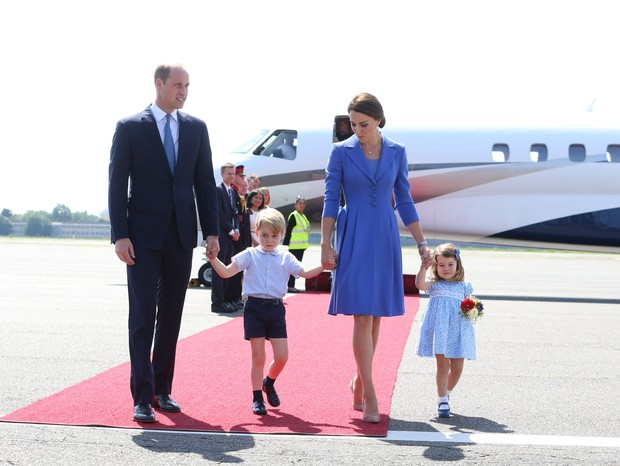 Príncipe William e Kate Middleton com os filhos, George e Charlotte (Foto: Getty Images)