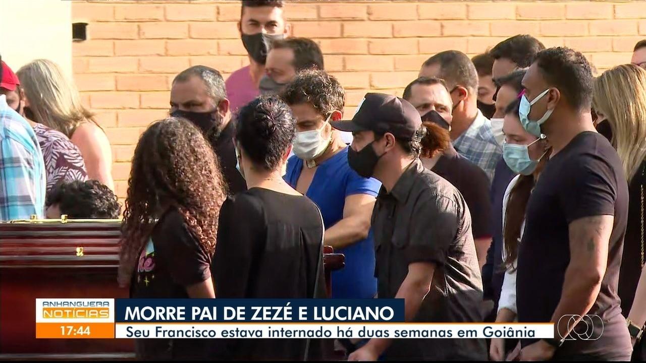 Familiares e amigos se despedem de Seu Francisco Camargo em cemitério de Goiânia