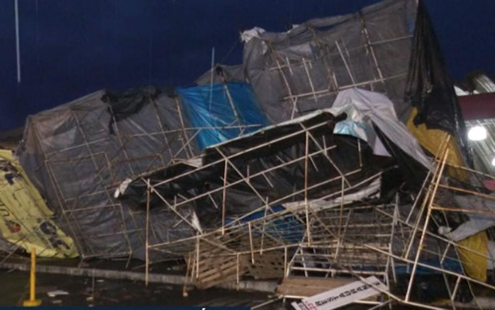 Ventos fortes e chuva causaram estragos no interior da Bahia — Foto: Reprodução/TV Bahia