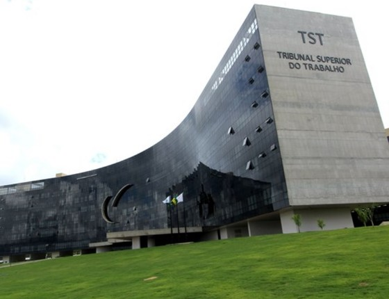 A fachada do prédio do Tribunal Superior do Trabalho (TST) (Foto: Agência Brasil)